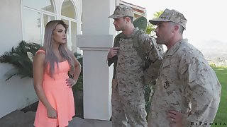 Army officer makes soldier to give a blowjob to shagging hot wife Mercedes Carrera