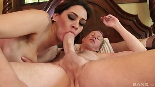 Night-time vixen Raylene strokes her clit while property fucked