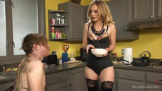 Submissive retrench distressful and pegged by his lovely blonde get hitched