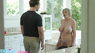 Large fake tits Dee Williams spreads her wings after a shower